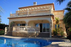 VIP villas in Trapani on 1 line in oriental style